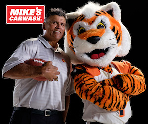 MIKE'S CARWASH Partners with Anthony Muñoz Foundation through Cincinnati Bengals '2 Sacks, You Save' Promotion