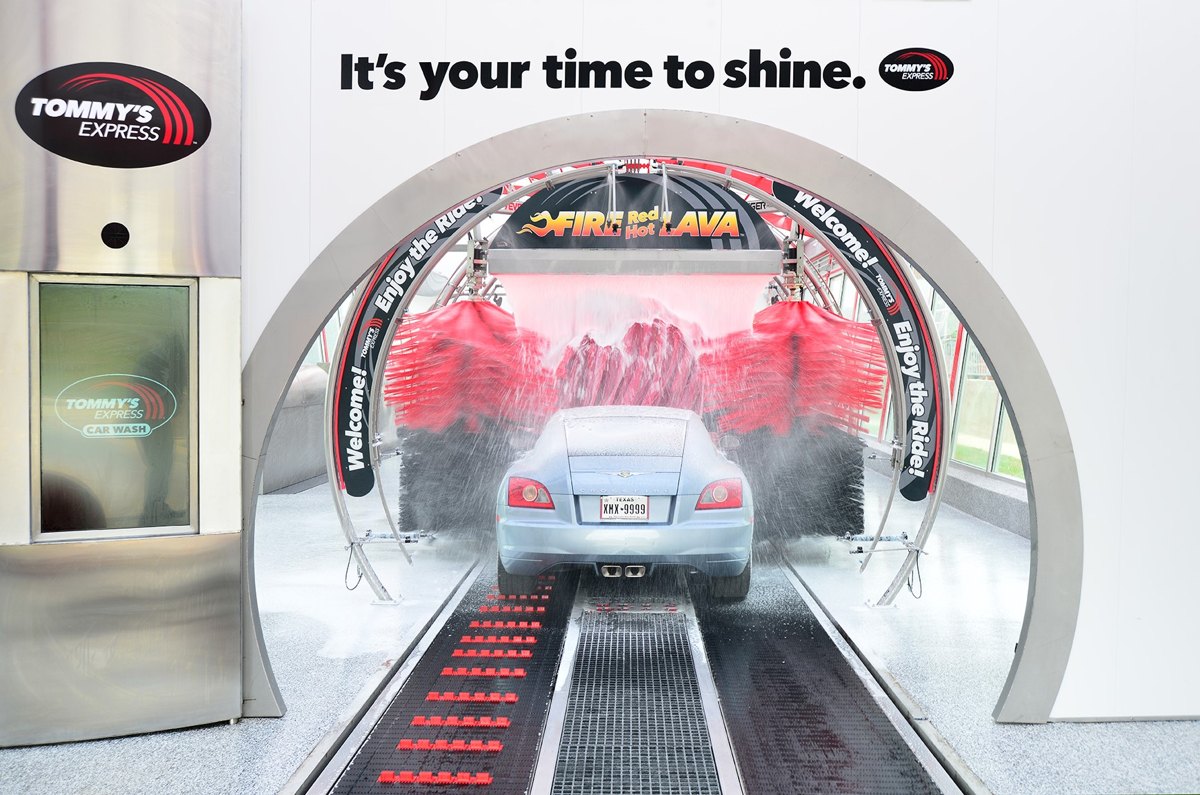 Supplier News Leed Certified Tommy S Express Car Wash Opens In San
